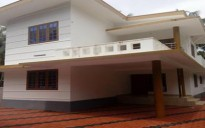 8 cent land with new House in Thottada, Kannur