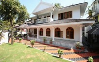 5 BHK House for sale in Petta, Kochi