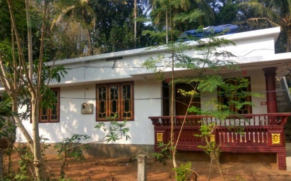 4 cent plot with 3 bhk house for sale