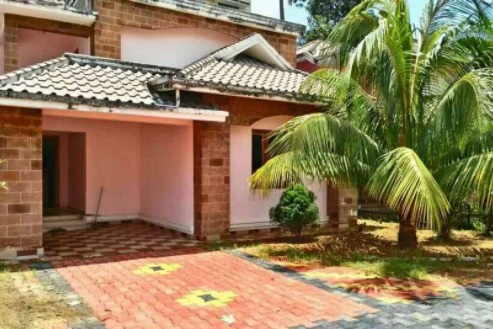 4.5 cents Land with 3BHK villa for Sale